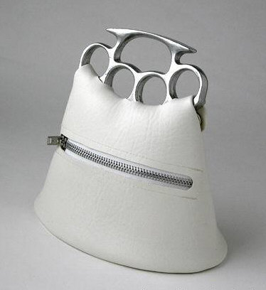 Funny Picture - Tough Gal Purse Knuckleduster