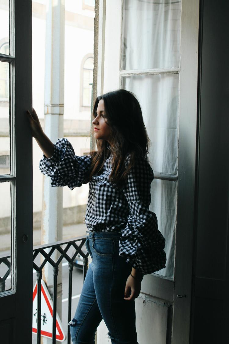 blusa de cuadros mangas abullonadas blog de moda leon