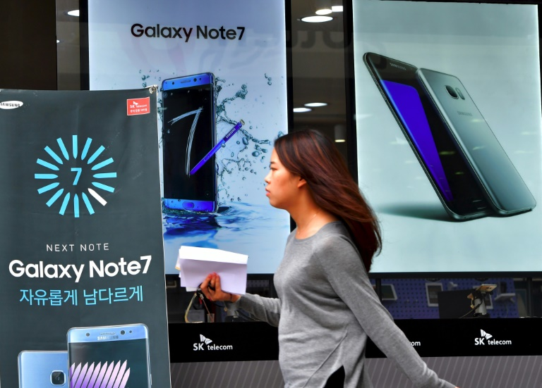 Samsung Electronics was forced to discontinue its flagship Galaxy Note 7 smartphone over faulty batteries