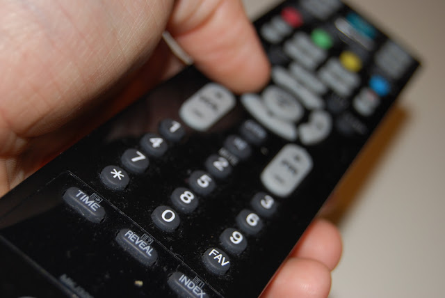 Reduce the Remote Clutter with Peel Remote App to Control Your Entertainment Equipment