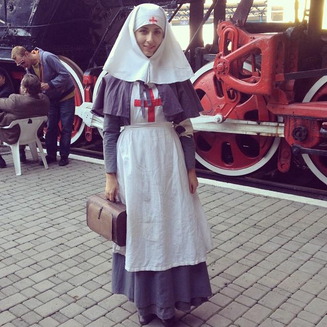disfraz de enfermera inspirado en antiguo