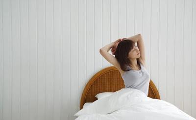 Yoga Peregangan Sebelum Keluar dari Tempat Tidur