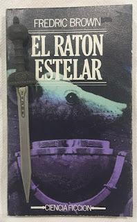 Portada del libro El ratón estelar, de Fredric Brown