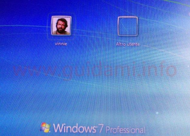 Windows schermata di accesso con account Altro utente