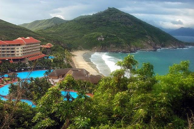 Nha Trang's Vinpearl Land Luxury Resort 6