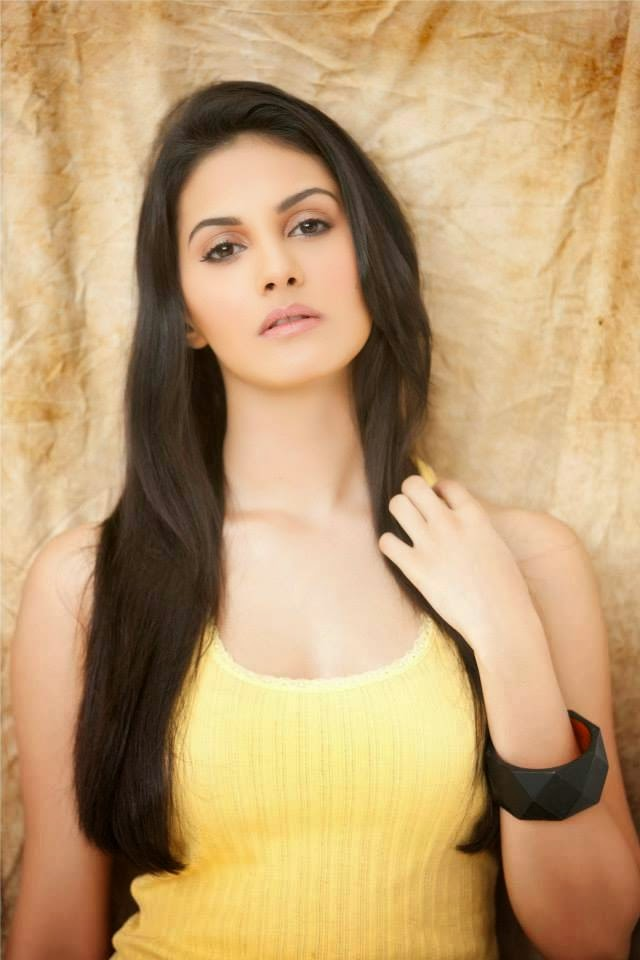Amyra Dastur Photos, Kollywood Actress Amyra Dastur Selfie Pics from Twitter, Instagram
