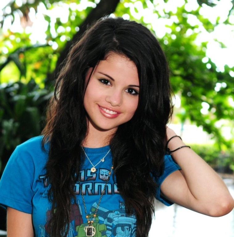 Fine Kinds Of Selena Gomez Hairstyle Beautiful Healthy Lifestyle Short Hairstyles Gunalazisus