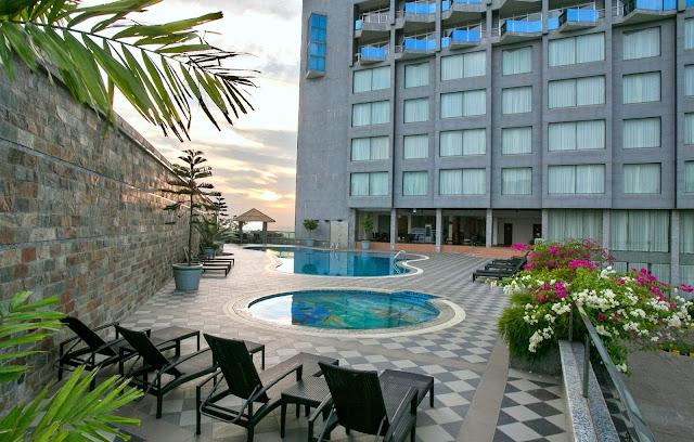 hotel ocean paradise inside