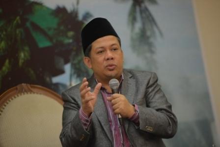 Diminta PKS Mundur dari Jabatan, Ini Reaksi Mengejutkan Fahri Hamzah