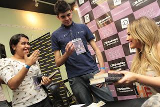 Cobertura e Entrevista com Hilary Duff - 05/09 by @Elixirbr 31
