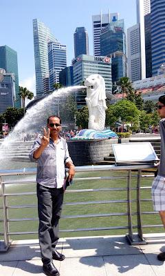 singapore lion statue