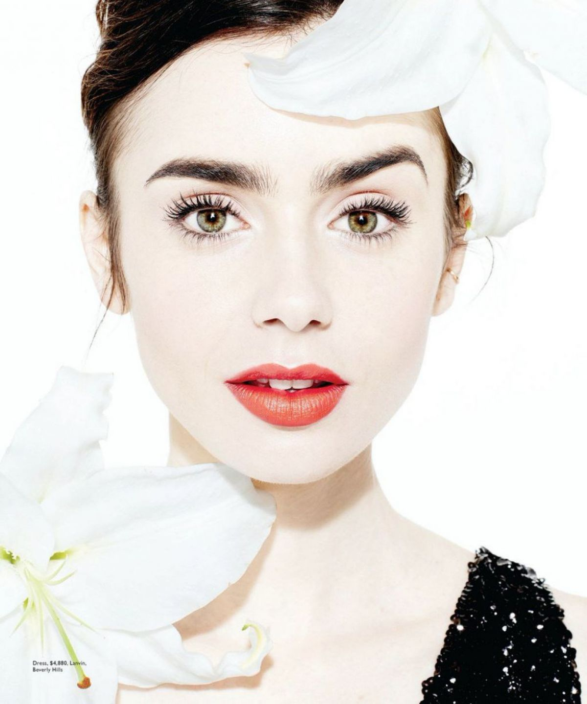 lilly collins hot pics