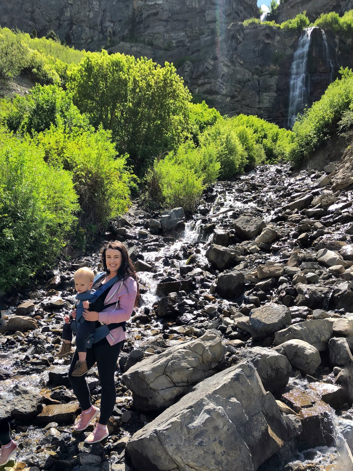 17aed01f31a Hiking Bridal Veil Falls with the Ergobaby Omni 360 Cool Air Mesh ...