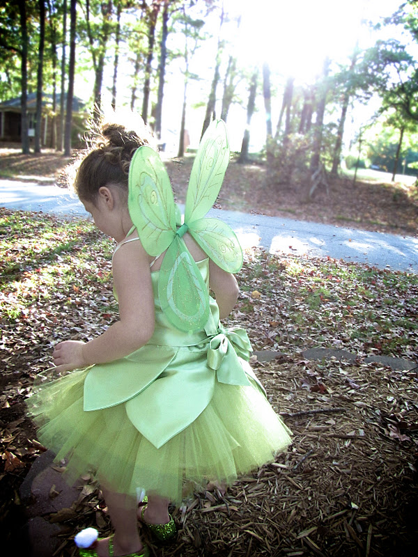 & The Modest Homestead: Tinkerbell Costume Tutorial