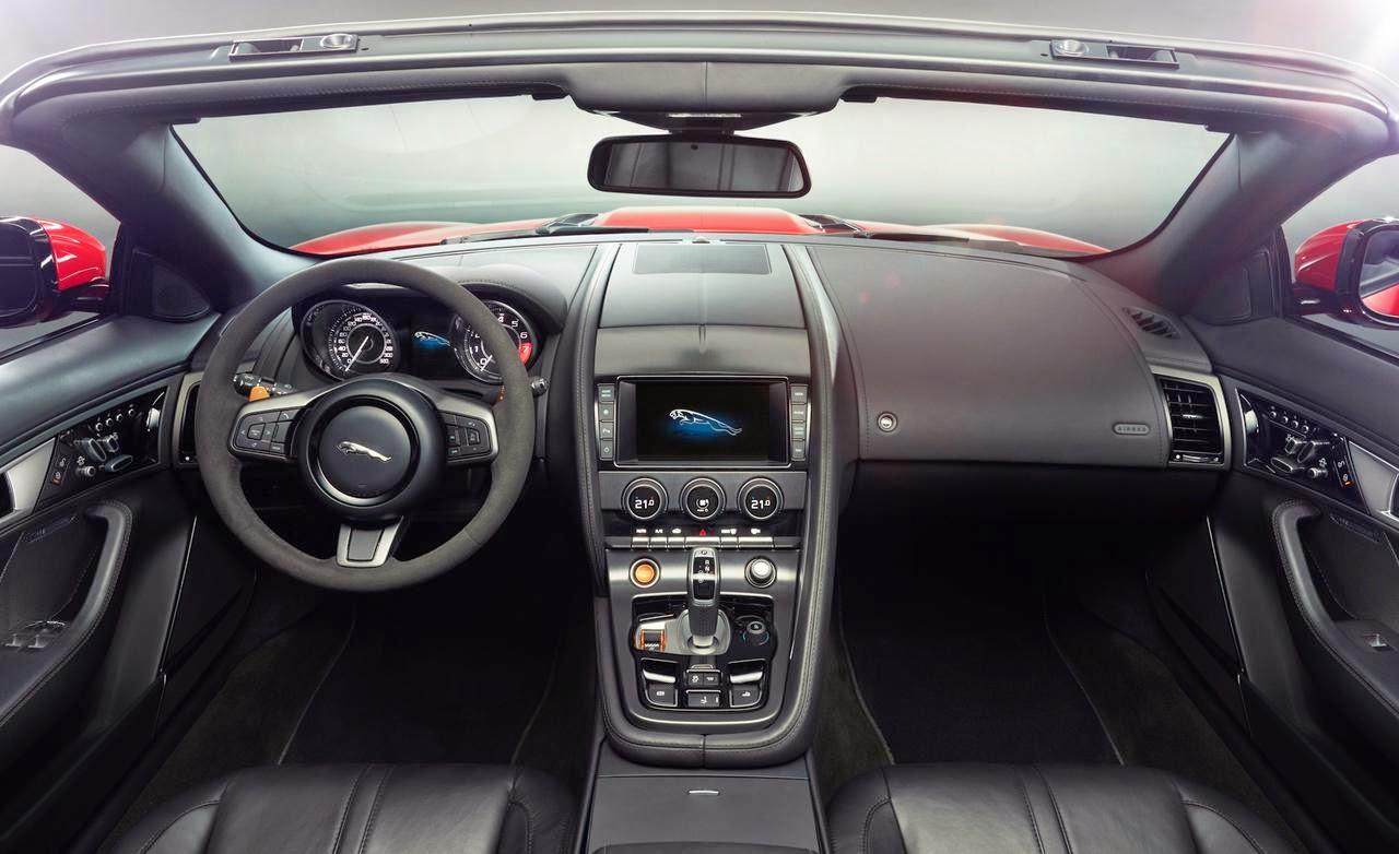 2015-Jaguar-F-Type-dashboard