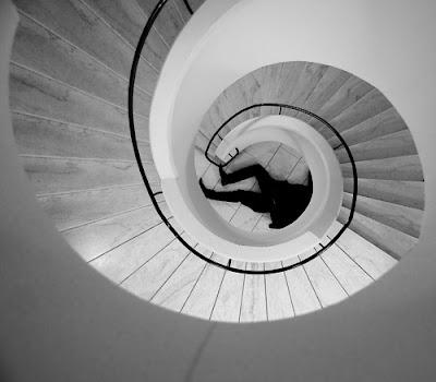 Del nihilismo y el horror a la muerte en la ilusión del ego como vano elemento de perpetuidad. Francisco Acuyo