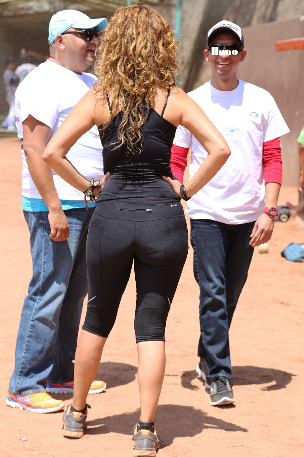 Super Milf Blonde And Huge Ass In Tight Black Spandex-3696
