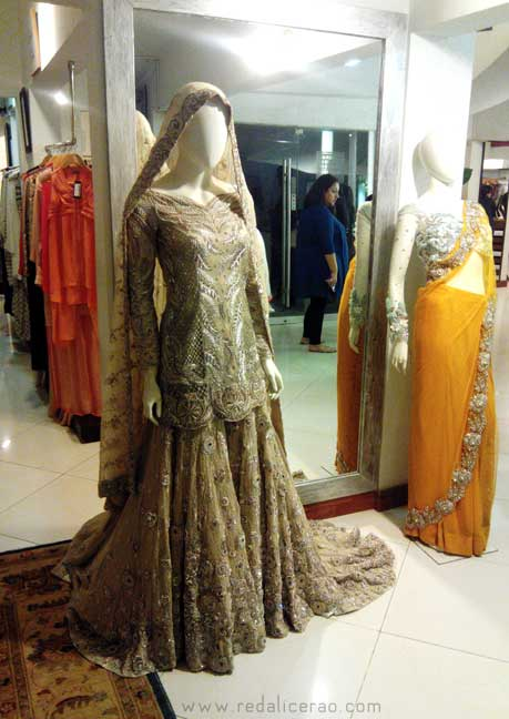 Ammara Khan, Collection, Pakistani Bridal, bridal couture pakistan, Wedding clothes in Pakistan, Ammara Khan Atelier, Ensemble, Couture, fashion, Fashion Blog, Embellished Clothes, Embellishement, dabka, bejwelled clothes, Leading fashion blog of Pakistan