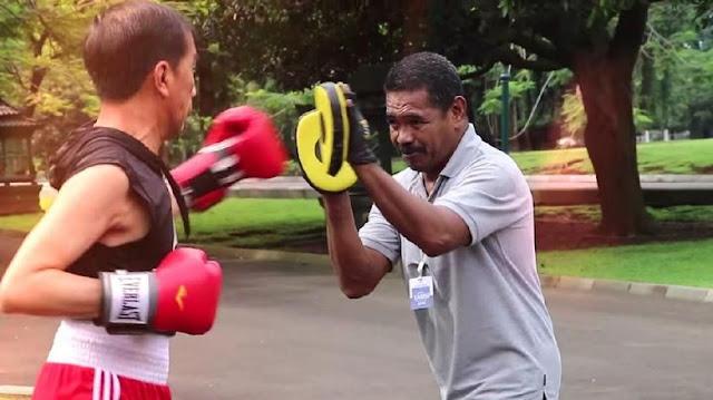 Melatih Presiden, Pelatih Abed Ungkap Kejeniusan Jokowi dalam Bertinju