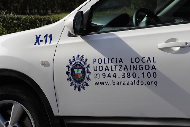 Vehículo de la policía local de Barakaldo