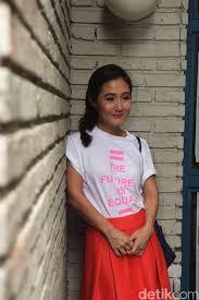 Melissa Karim: Membangun Solidaritas dengan Perempuan