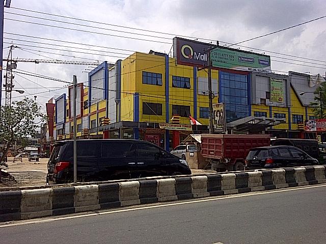 dan berikut penampakan q mall di banjarbaru