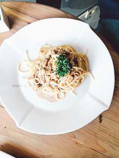 dilon_coffee_eatery_dilon coffee & eatery_review_han yoora_michelle hendra_michimomo_chippeido_endorse_endorsegratis_endorsement_cafe_restaurant_resto_foodies_foodie_foodblogger_blogger_chippeido_chintya_marcheline_march_inijie_instagram_inijiegram_makansampaikenyang_amanda_kohar_merli_jack_magnifico_diary_weirdo_weirdoinpink_pink_secret_love_quotes_poetry_review_culinary_foods_lovefood_instagood_follower_instafollow_photography_tablesituation_potato_chips_tea_green_matcha_ocha_boyfriend_friendship_bf_bae_boo_bei_friend_besties_actor_actrees_chelsea_glen