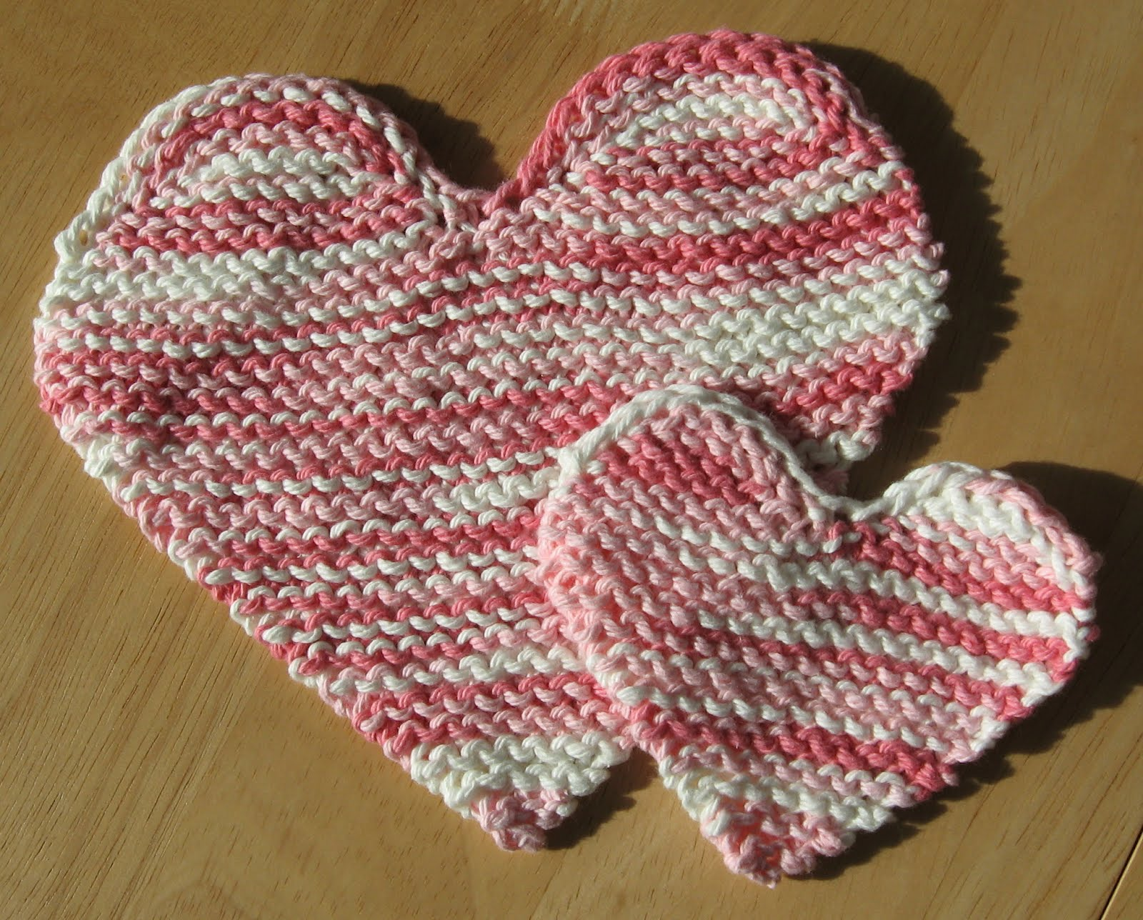 Simple Knits: Convo Hearts to knit