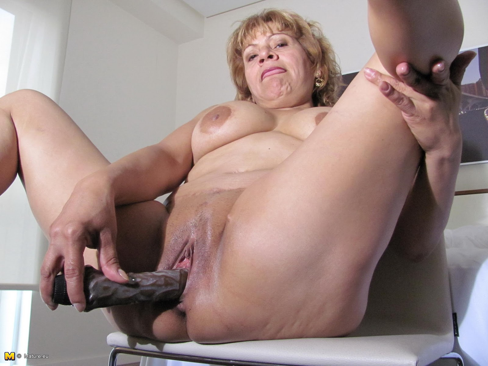 European older women solo