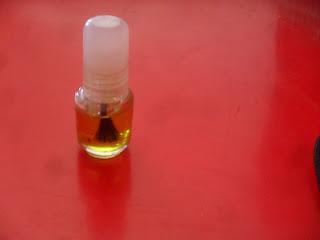 oleolito limone rinforza unghie