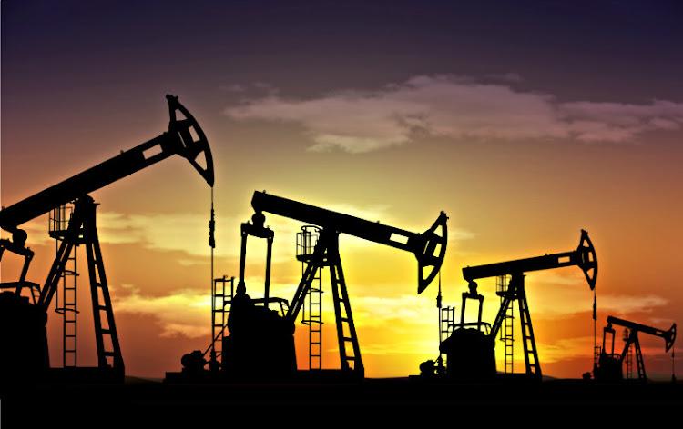 Economía Política y Petrolera
