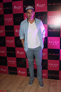 Bollywood Celebrities at Opening Launch Party Of Razzberry Rhiocers 005.JPG
