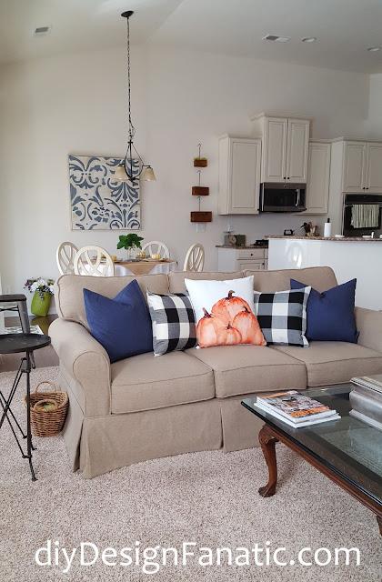 fall, fall pillows, sunflowers, mantel, farmhouse, cottage, farmhouse style, cottage style, family room, Craftberry Bush