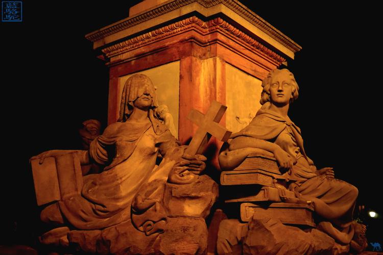Le Chameau Bleu - Blog Voyage Heildeberg Allemagne - Statue du vieux pont d'Heildeberg Germany
