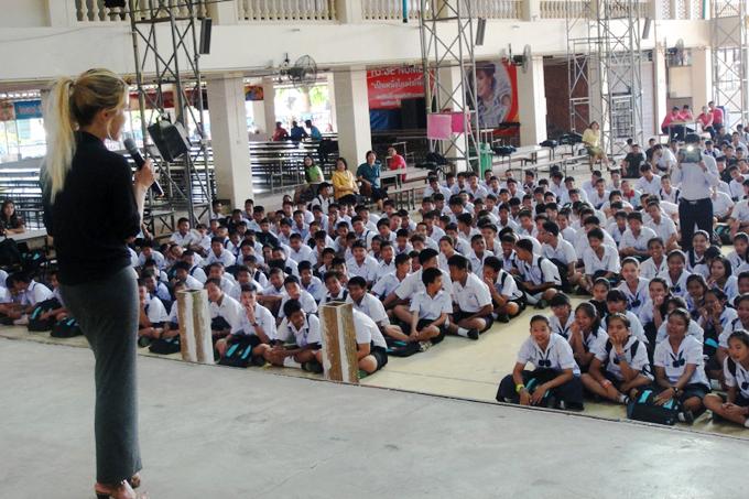 Volunteering in Asia - The Wayfarer