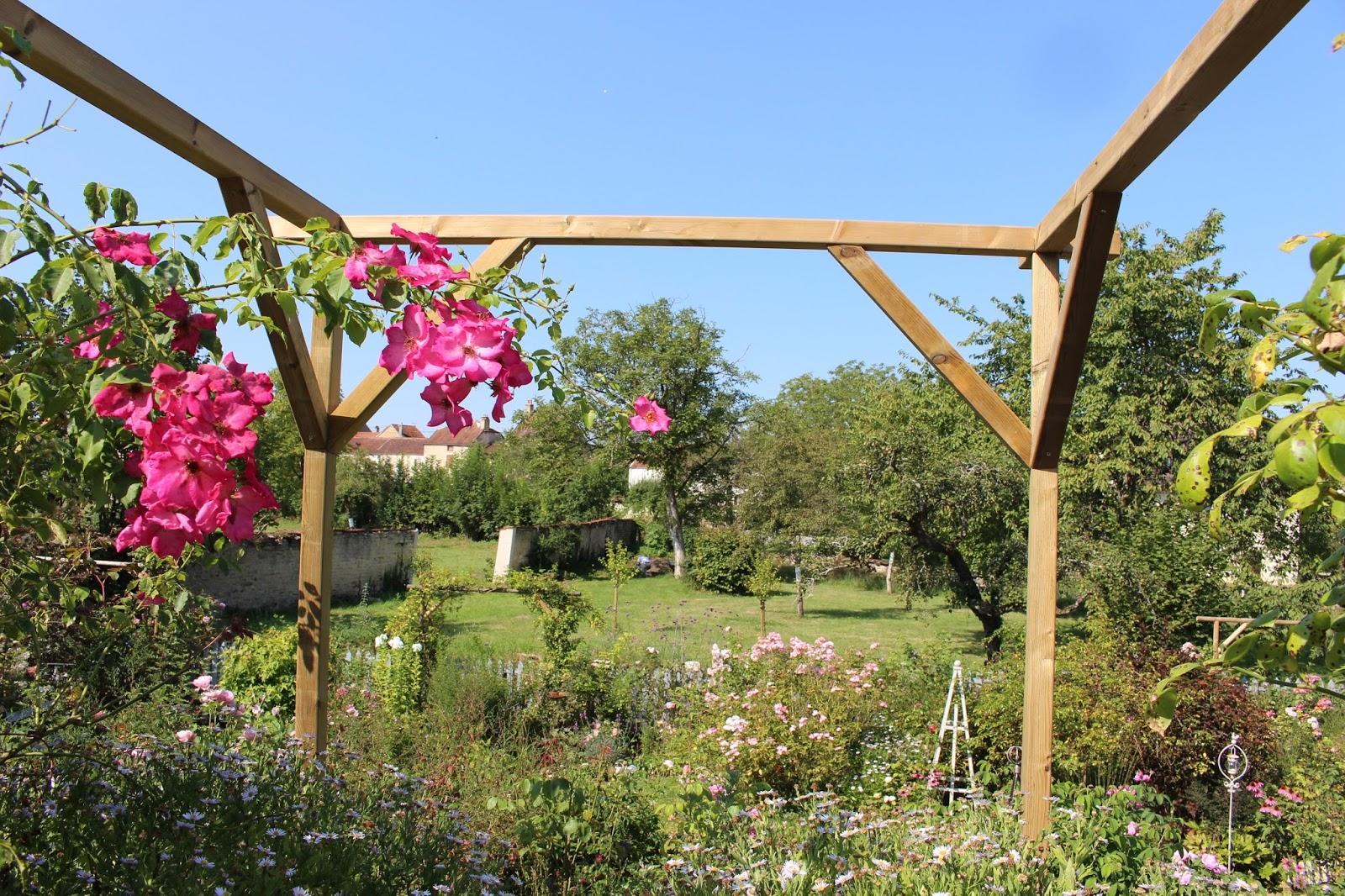 Notre jardin secret bricolage de vacances - Pergola voor glycine ...