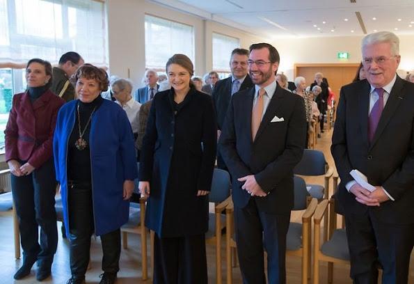 Guillaume And Stephanie Visited Konviktsgaart Nursing Home