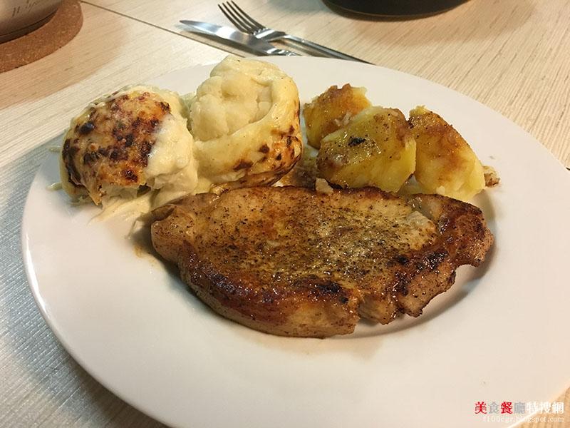 [食譜] 比利時當地家常料理 - Varkens Kotelet met Bloemkool in Kaassaus