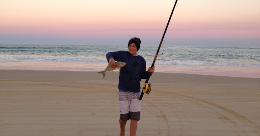 Blue skies and beach fishing- Tailor season on Fraser Island