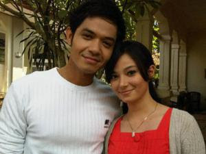 romantic couple dude harlino asmirandah wallpapers picture