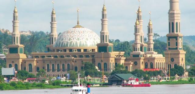 Masjid Raya Mandalika lombok