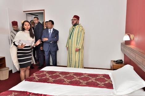 """في ذكرى """"20 غشت"""" .. الملك يستحضر نفي جده السلطان الراحل"""