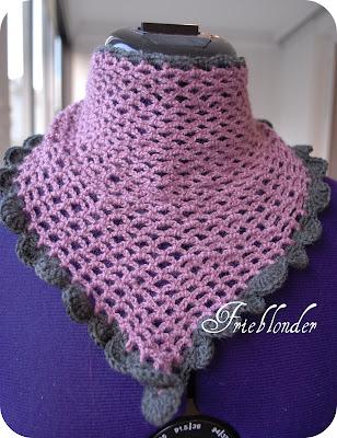 Det rosa sjalet er 68cm bredt og 26cm langt. b18f4b0f2ee1b