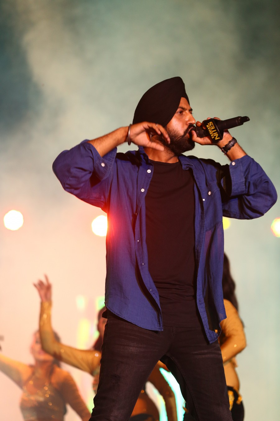 Gippy Grewal and Farhan Akhtar Promote Lucknow Central with a Musical Night