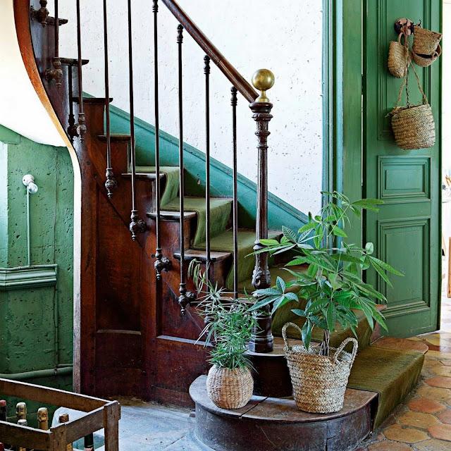 Chateau De Dirac : Le château des Petites Emplettes