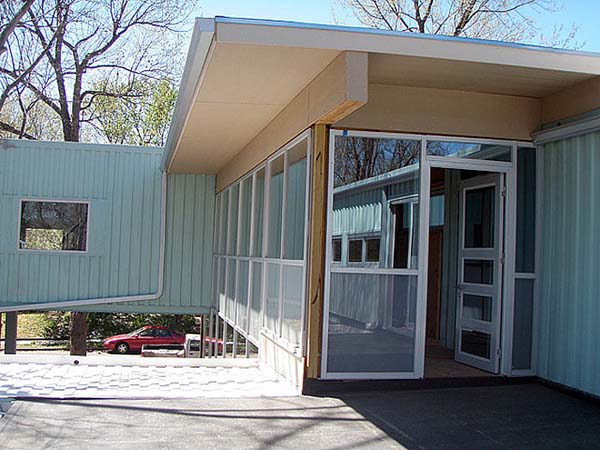2000 sq ft Shipping Container House, Kansas City, Missouri 23