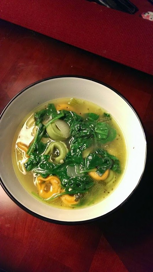 Mind Over Mutter: Tortellini Spinach soup