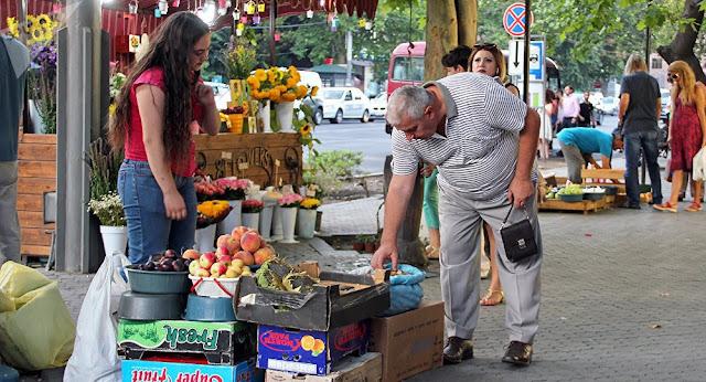 Buscar prevenir el comercio ilegal en Ereván