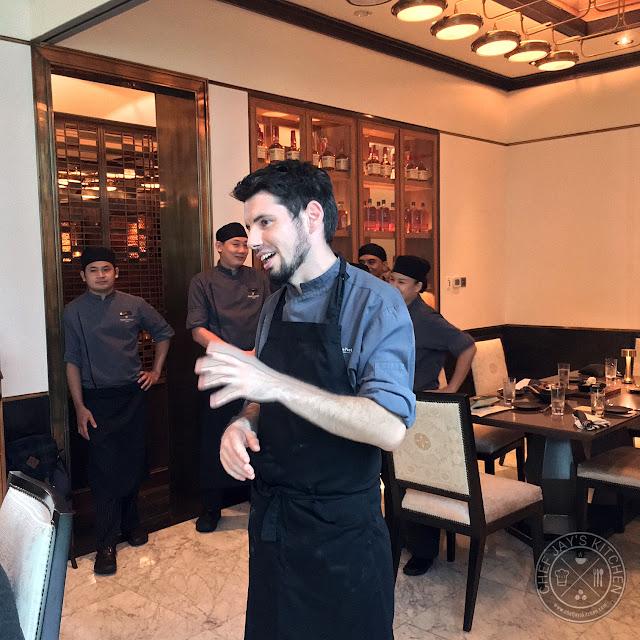 Sydney S Premier Kitchen: Raging Bull Chophouse & Bar: Amazingly Good Steaks That's Nothing Short Of Shangri-La