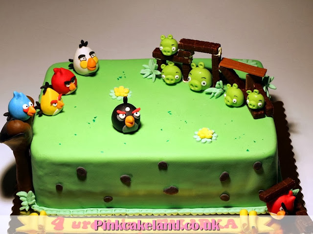 Angry Birds Kids Bday Cakes in Lodnon